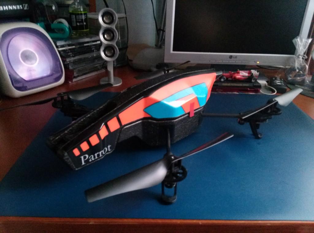 Análisis del cuadricóptero Parrot AR.Drone 2.0… ¡espía como puedas!
