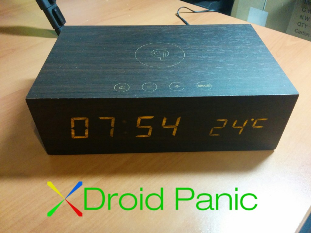 [ACCESORIO] Reloj despertador, con altavoz Bluetooth y carga inalámbrica Olixar Qi-Tone